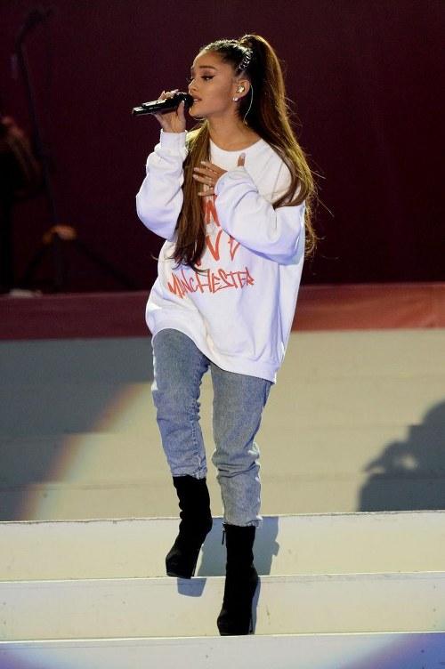 Estos son los 10 mejores looks de Ariana Grande